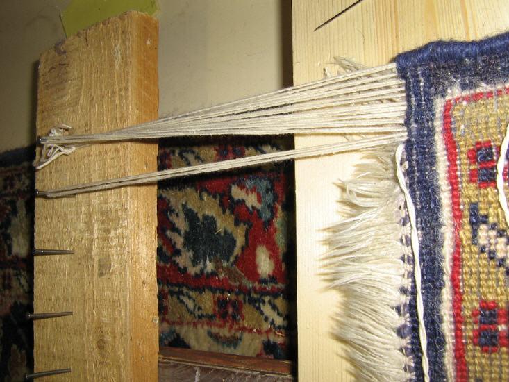 Teppichwerkstatt Waschen, Reparatur